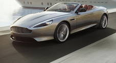 Aston Martin DB9: freni in carbonio e pulsanti di cristallo