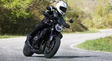 Honda CB1000R Black Edition, in sella alla naked stilosa e performante