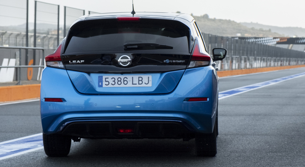 La Nissan Leaf e+ in pista