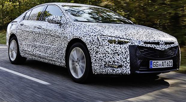 Schemi Elettrici Opel Insignia : Tradizione ammiraglia al volante in anteprima della nuova opel