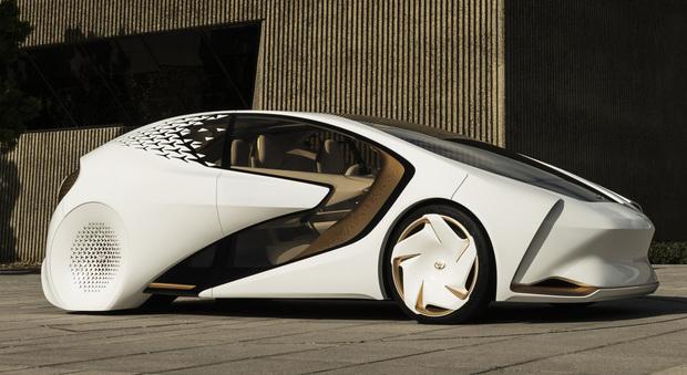 toyota concept i l 39 auto che ti capisce al volo indizi di un futuro che inizia nel 2020. Black Bedroom Furniture Sets. Home Design Ideas