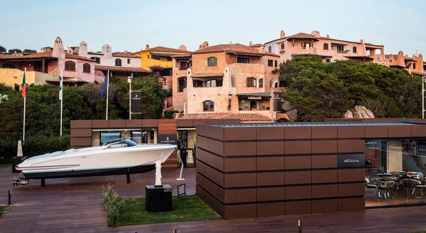 Riva in Costa Smeralda tra mostre d&#39;<b>arte</b> e temporary shop di lusso