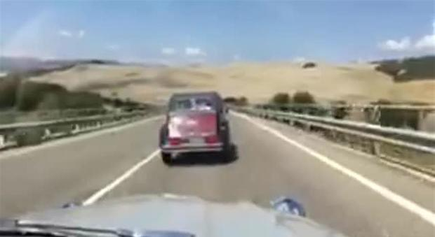 Citroen 2cv in Val d'Orcia