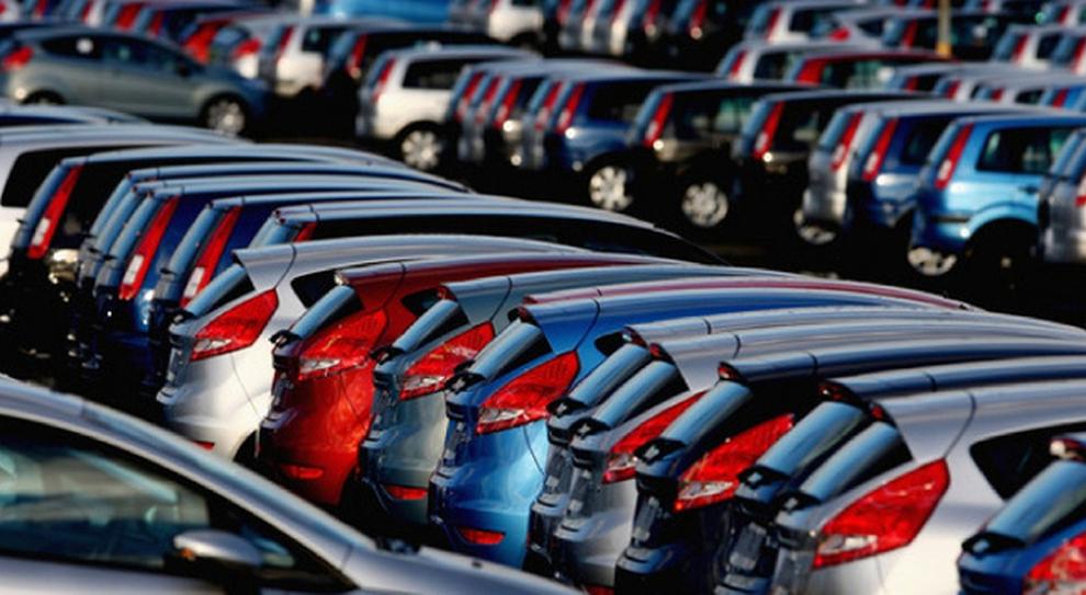 Mercato Auto A Luglio In Italia Vendite In Recupero Da - Mercato car show
