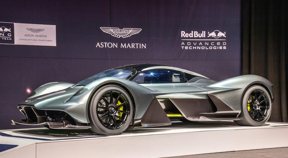 Aston Martin Si Quota A Londra Dopo Via Libera Autorita Gb Ad