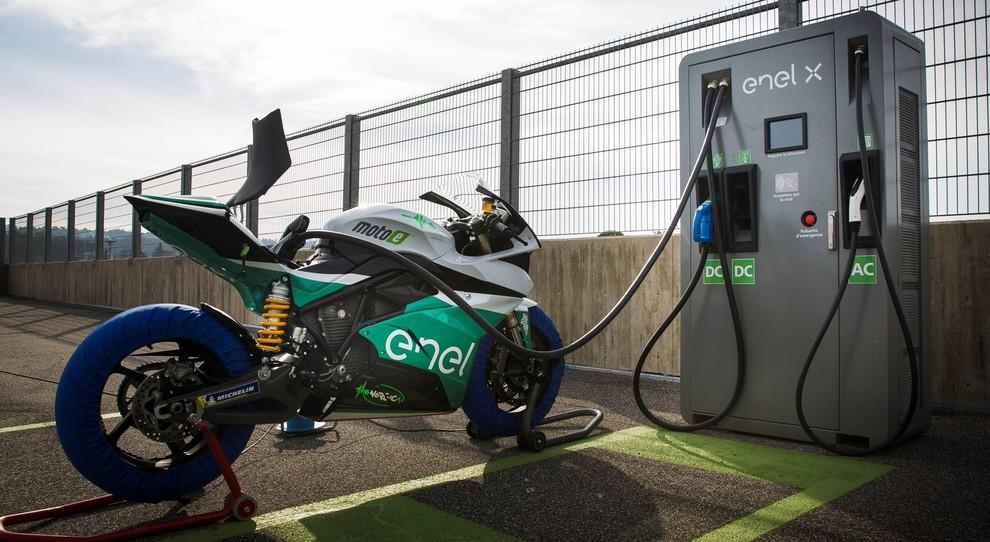 Da Enel, Dorna e Fim nasce il primo campionato delle moto elettriche