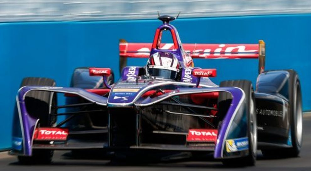 Alex Lynn con la sua DS Virgin di Formula E a New York