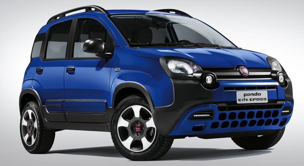 fiat panda city cross 4x2 arriva il crossover cittadino con look e doti dell 39 iconica versione. Black Bedroom Furniture Sets. Home Design Ideas