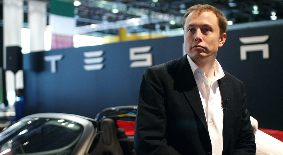 Elon Musk cancella da Facebook le pagine di Tesla e Space X