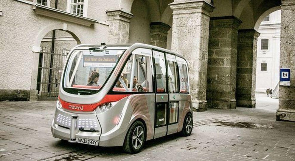 Autobus senza autista: debutta a Merano il trasporto pubblico del futuro