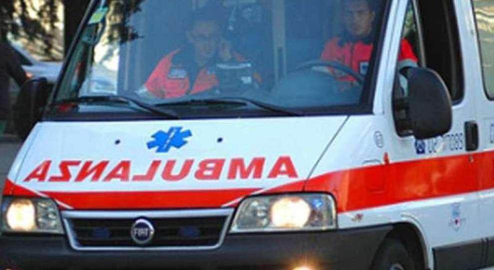 Parma,operaio colpito da blocco di cemento:muore sul colpo