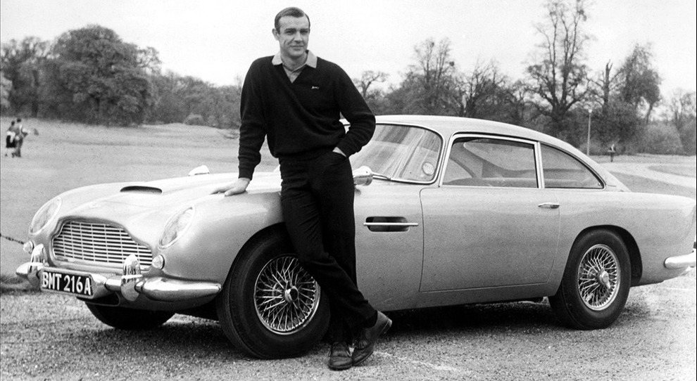 L'Aston Martin DB5 di James Bond