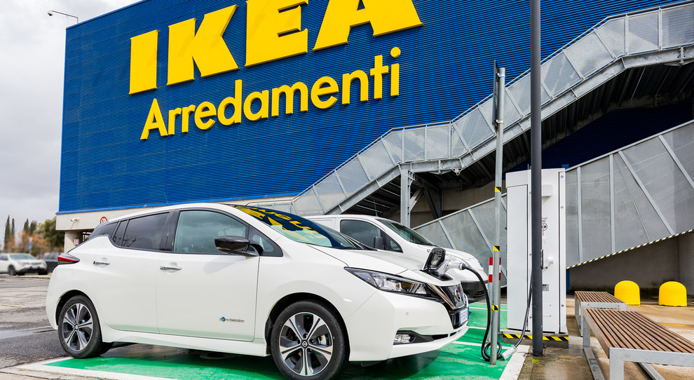 Nissan E Ikea Daccordo Sulla Mobilità Elettrica Arriva La