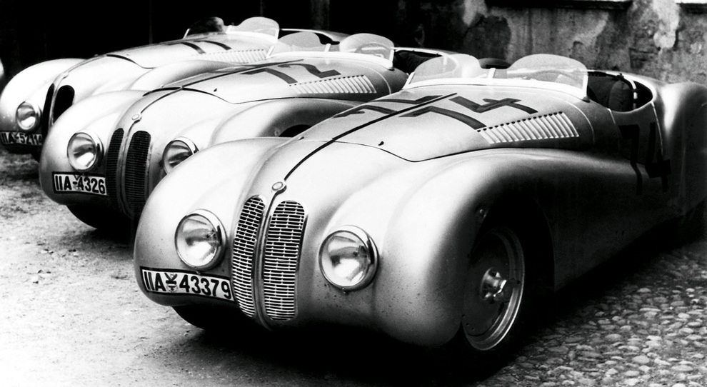 BMW M2 Competition, la Serie 2 Coupé da 410 CV