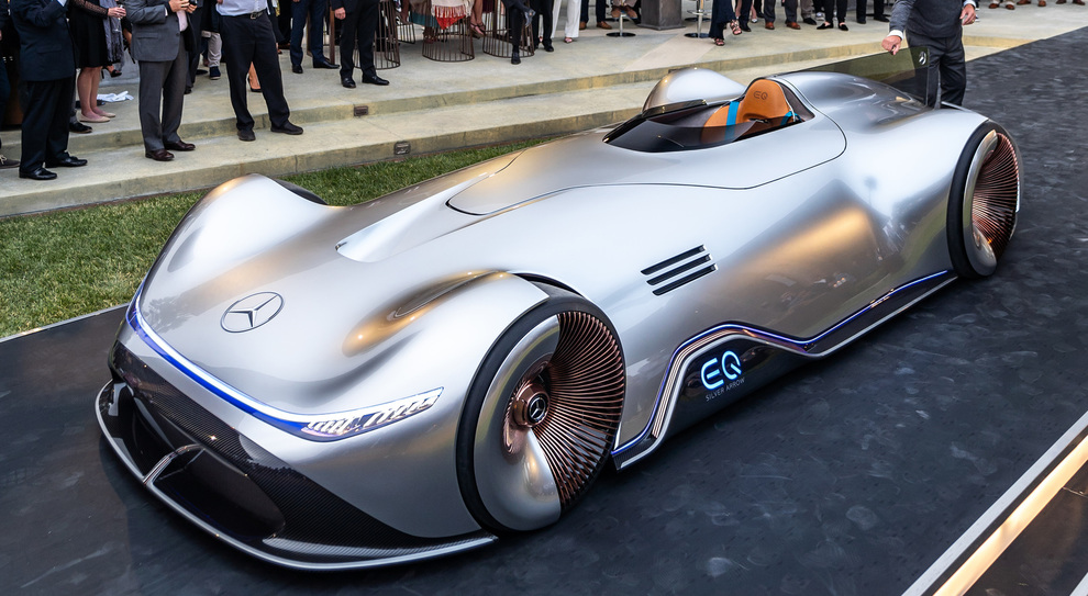 La presentazione della Mercedes Vision EQ Silver Arrow che ha incantato Pebble Beach