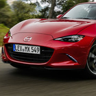 Mazda MX-5 RF, arriva in Italia la nuova coupé-roadster bella e possibile